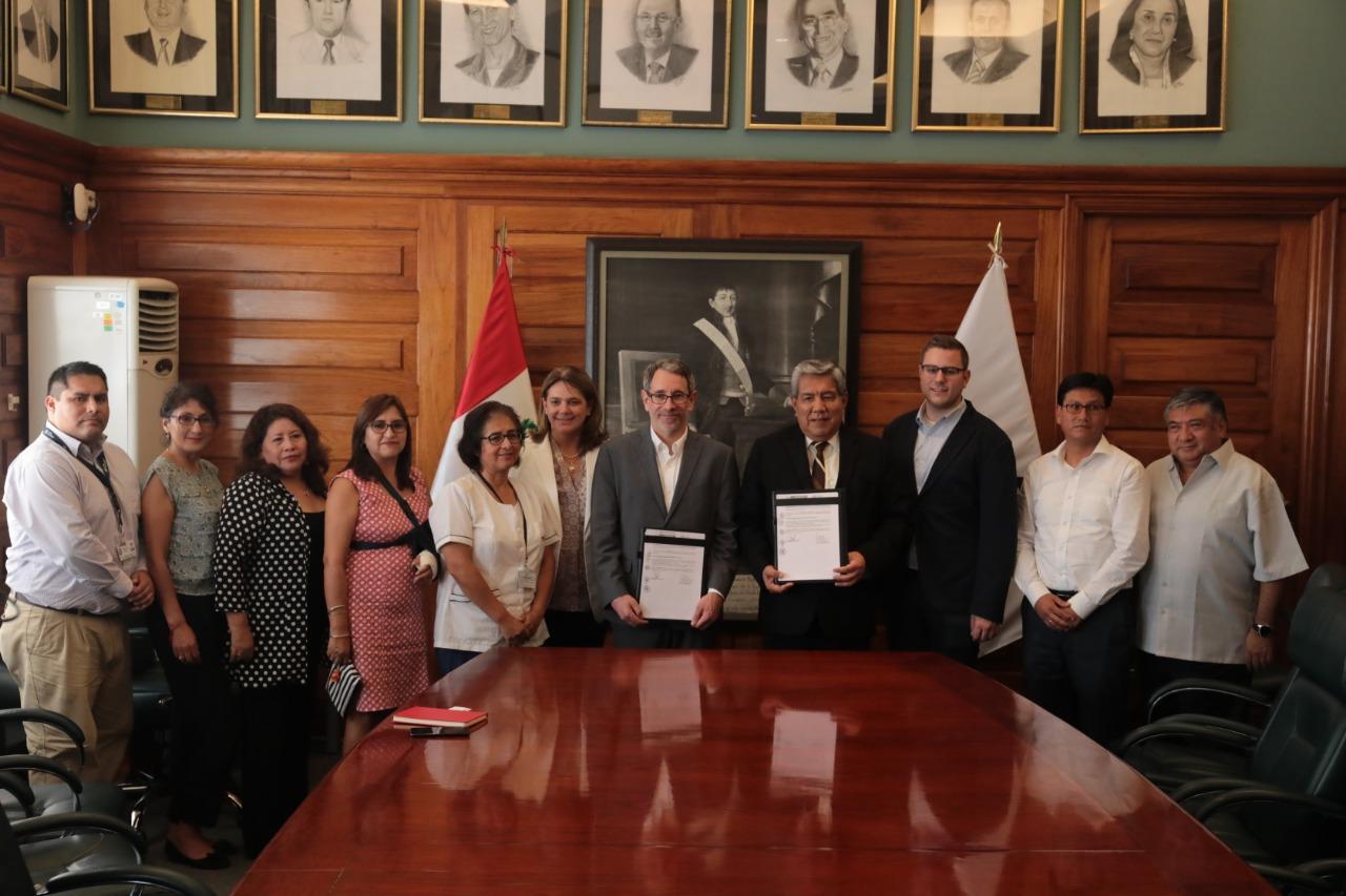 MINISTERIO DE SALUD Y VITAL STRATEGIES FIRMAN IMPORTANTE CONVENIO PARA REDUCIR EXPOSICIÓN A PLOMO